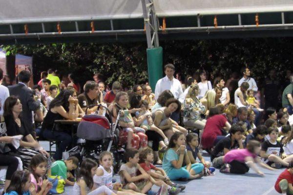 fotto pubblico alla esibizione di tango
